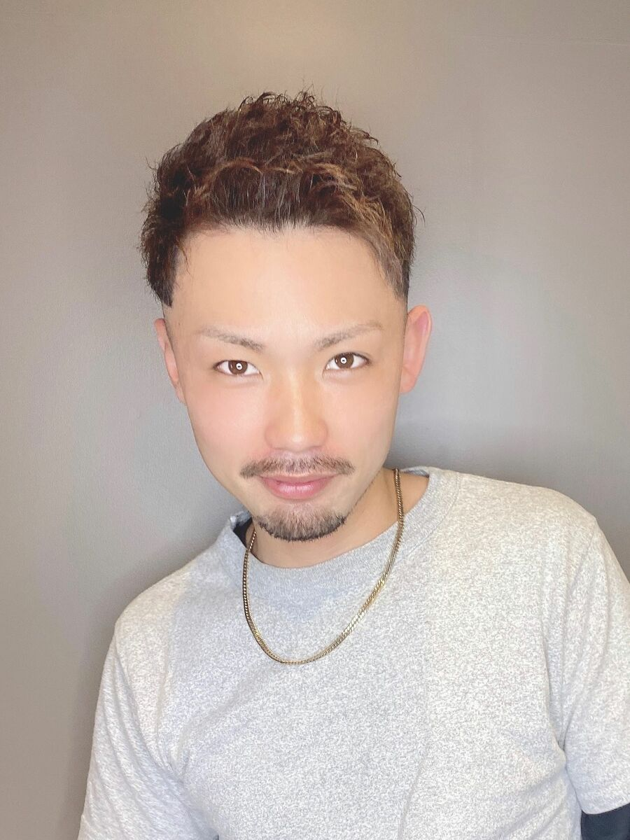 短髪ショートフェードスタイル
