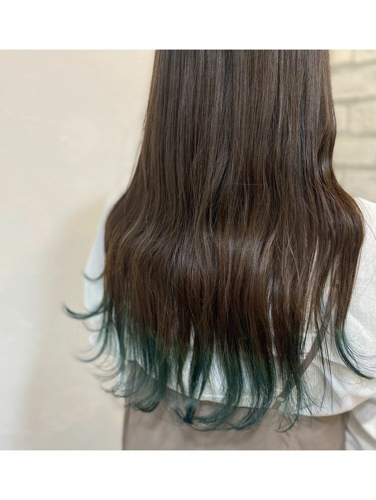 毛先カラー×エメラルドグリーン♪