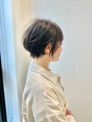 短すぎないフェミニンショートボブ☆