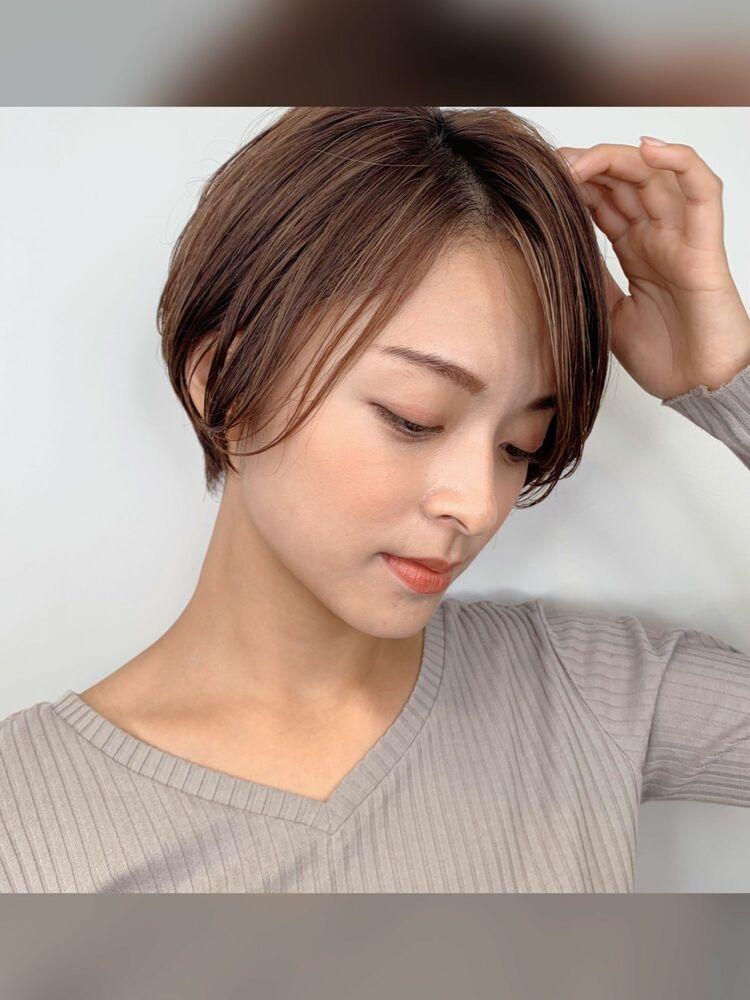 キレイめナチュラルショートヘア