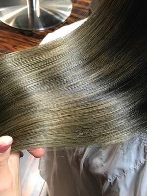 髪質改善トリートメントで艶髪(^^)