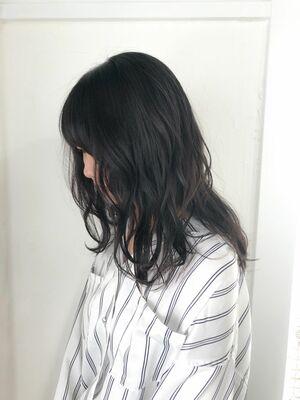 抜け感暗髪カラー