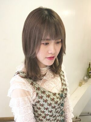ラウンドレイヤー×グレージュk.e.y原宿表参道instagram:mao_k.e.y0807_