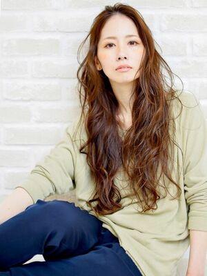 Richer hairsalon リシェル渋谷-高野章  カッコ可愛いロングウエーブ