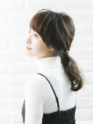 Richer hairsalon リシェル渋谷-高野章  ほつれポニーテール