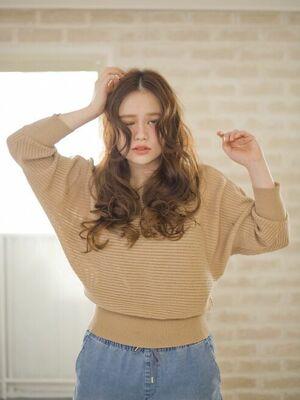 Richer hairsalon リシェル渋谷-高野章  センターパート波ウエーブ