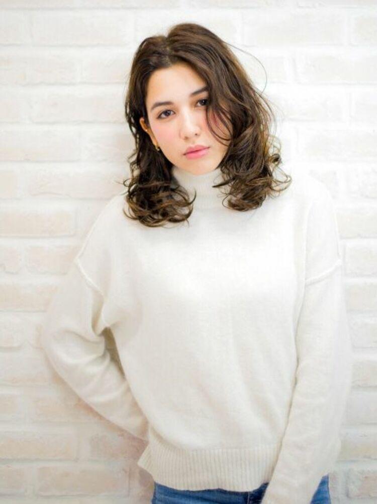 Richer hairsalon リシェル渋谷-高野章  ナチュラル耳かけウエーブ