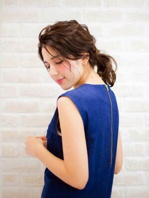 Richer hairsalon リシェル渋谷-高野章 艶たっぷりなほつれポニー