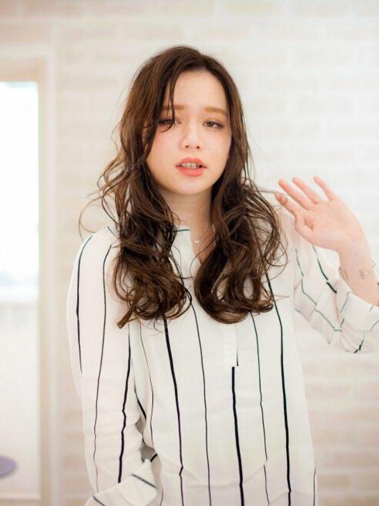 Richer hairsalon リシェル渋谷-高野章  サイドパート×セミウエットラフ