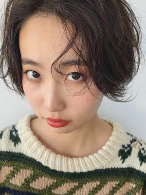前髪長めのショートスタイル♡おしゃれパーマ