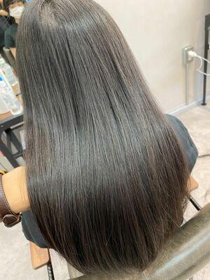 博多の髪質改善No. 1「髪質改善ストレート」ビフォーアフター編!写真は「乾かしただけ」の状態
