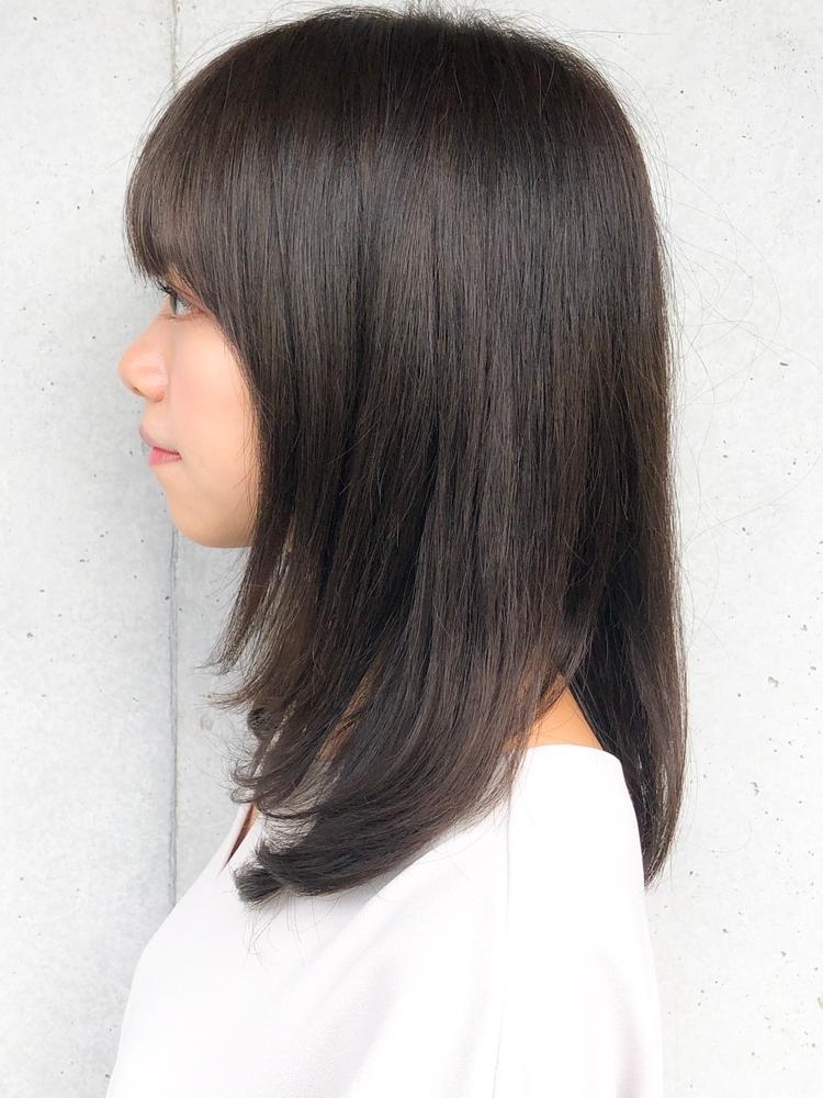 美髪小顔ネイビーカラーブランジュ黒髪ストレート