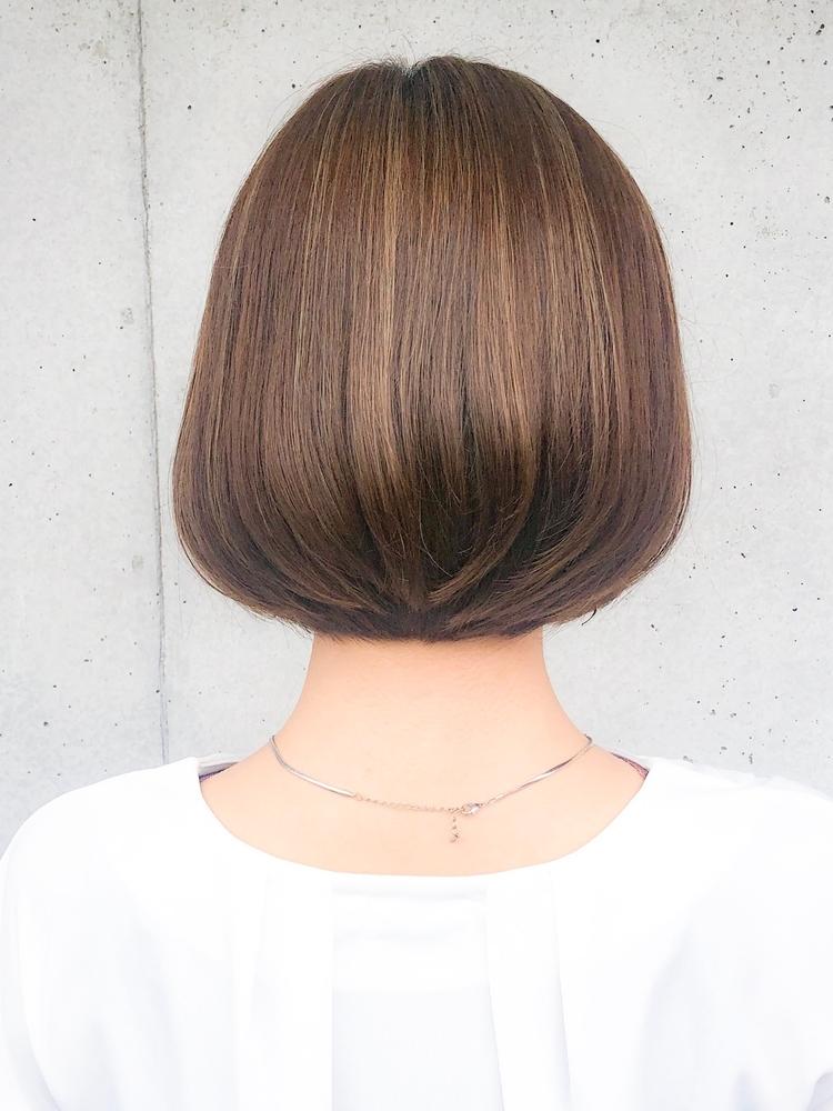 Agnos青山 美髪小顔ネイビーカラーブランジュマニッシュフレンチボブ