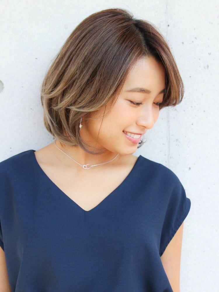 Agnos青山✨艶髪ミディ