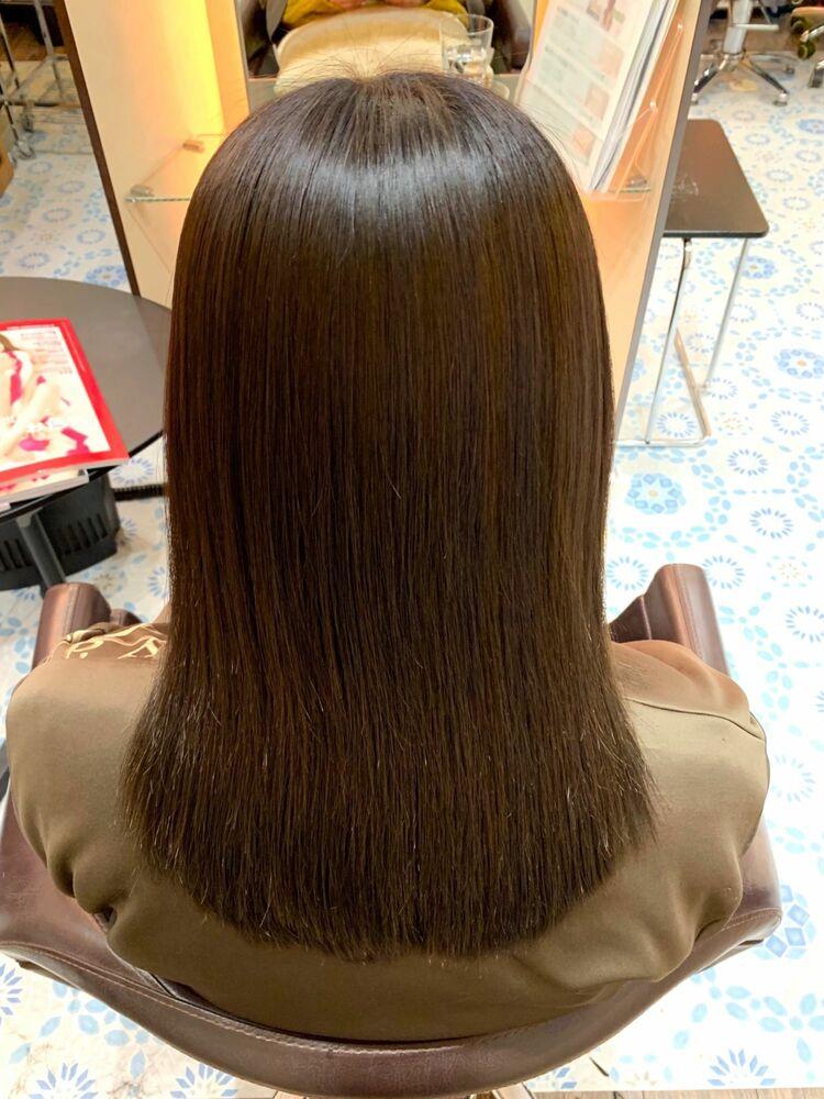髪質改善縮毛矯正でヘアカラーと同時施術