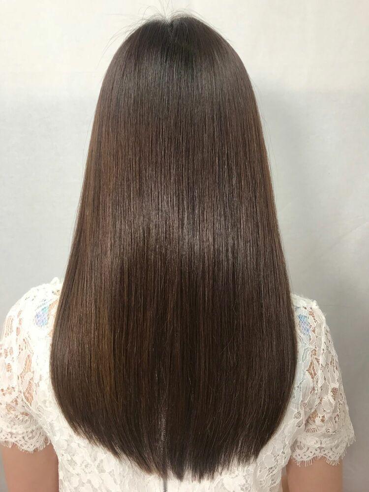 艶髪縮毛矯正で髪質改善
