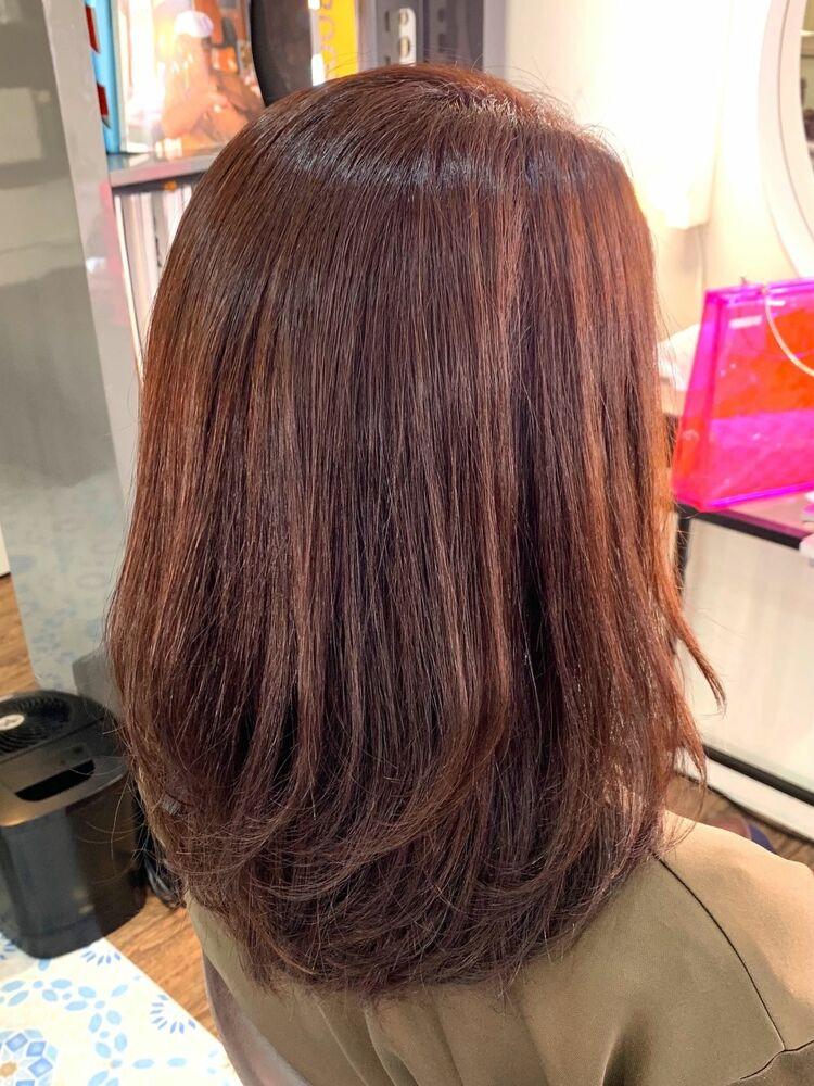 白髪を染めながら明るさと色味を楽しみたい方にオススメ!フェミニティピンクカラー