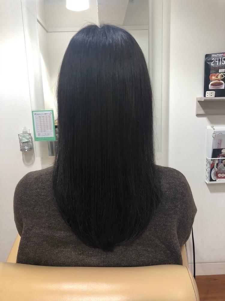 暗髪セミロング