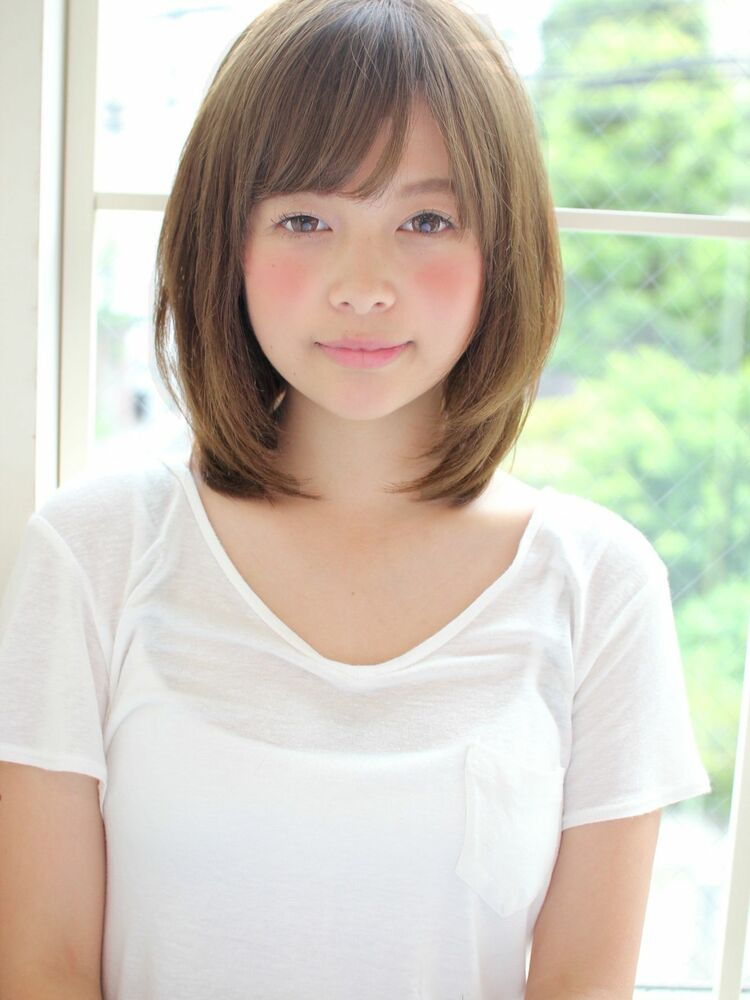 小顔叶うミディアムレイヤー 宮崎えりな インスタもぜひ見てみて下さい→@miyazaki.erina