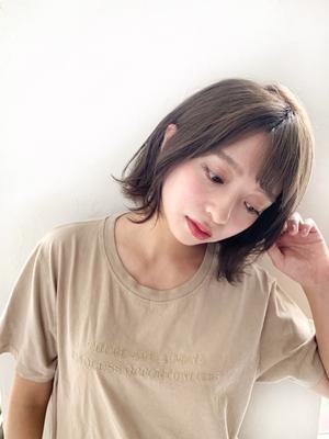 Joemi 新宿☆切りっぱなし外ハネニュアンスボブ 若林