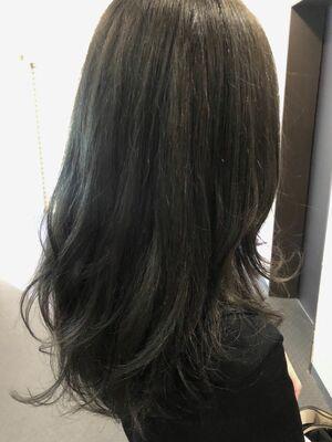 秋のオススメのカラー暗髪コバルトブルー