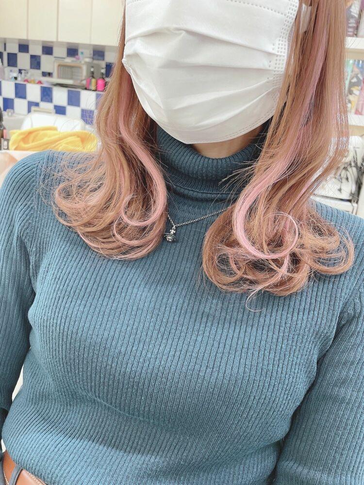 ミディアムヘアにシールエクステでインナーカラー・@shiko_kajihara