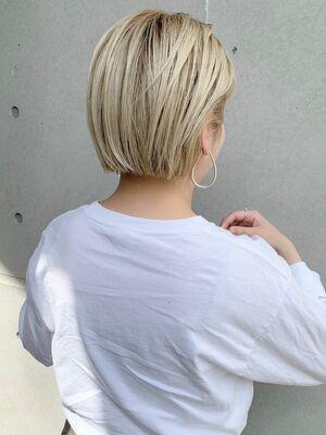 ミニボブ  × ブロンド