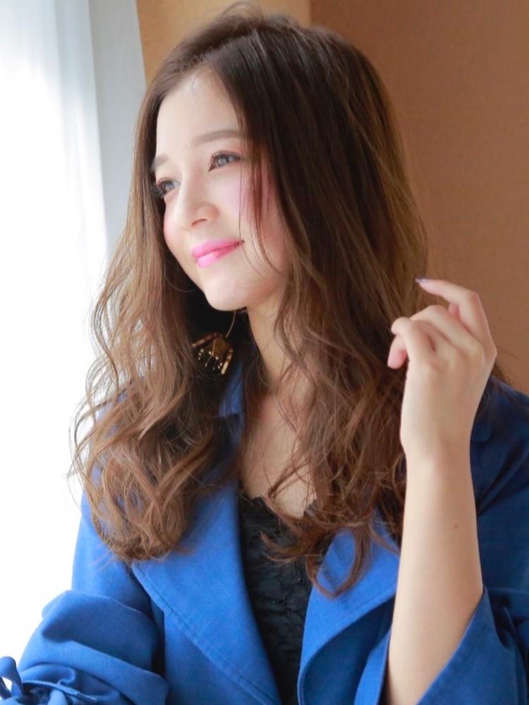Lond[伊原亜里紗]仕事の日も休日も可愛く過ごしたい女子必見!フェミニンカジュアルスタイル☆