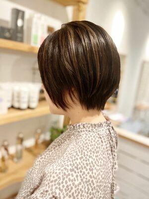 丸みショートヘア/ハイライトベージュ