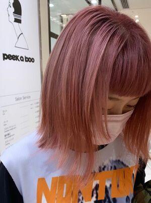 ピンクカラー×ボブ