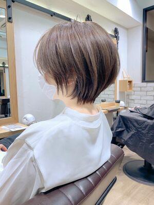 「mag」ひし形シルエット・絶壁解消・横顔美人・大人くびれショート・アッシュベージュ・永田カズヤ