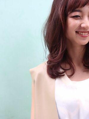 『カラーリストNANA』ASSORT TOKYOセクションピンクカラー