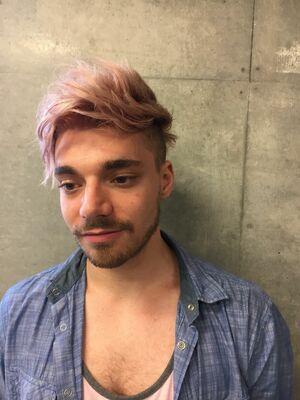 『カラーリストNANA』ASSORT TOKYOPINKY BOY HAIR COLOR