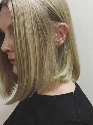 『カラーリストNANA』ASSORT TOKYO SHINY BLOND HAIR
