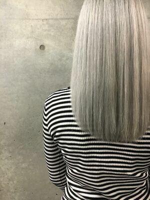カラーリストNANA『ASSORT TOKYO』  WHITE BLONDE シルバーブロンド