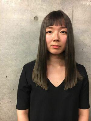 『カラーリストnana』ASSORT TOKYO暗髪シルバー グレーヘア