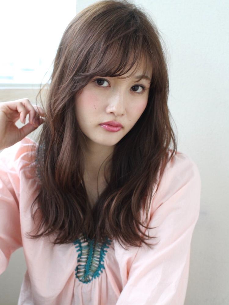 表参道   山口祥   ロングの柔らかスタイル  お洒落な雰囲気のあるヘア