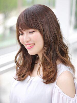 MissEssence甲斐/ハイライト✕グラデーション 春カラー ちょいうざバング 可愛い