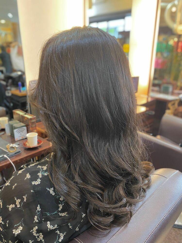 【パーマ】季節が変わると髪型も変えたくなりませんか?