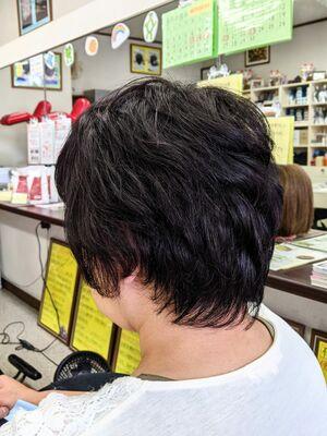 疲れを癒す▼定番白髪染め低刺激ヘアカラー&ヘアカット···¥8,100(2時間)