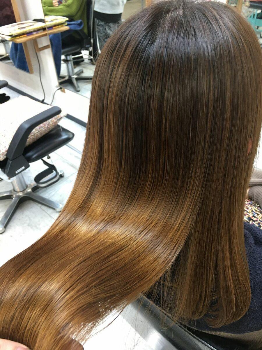 広がりを抑えた髪質改善カット&トリートメント!