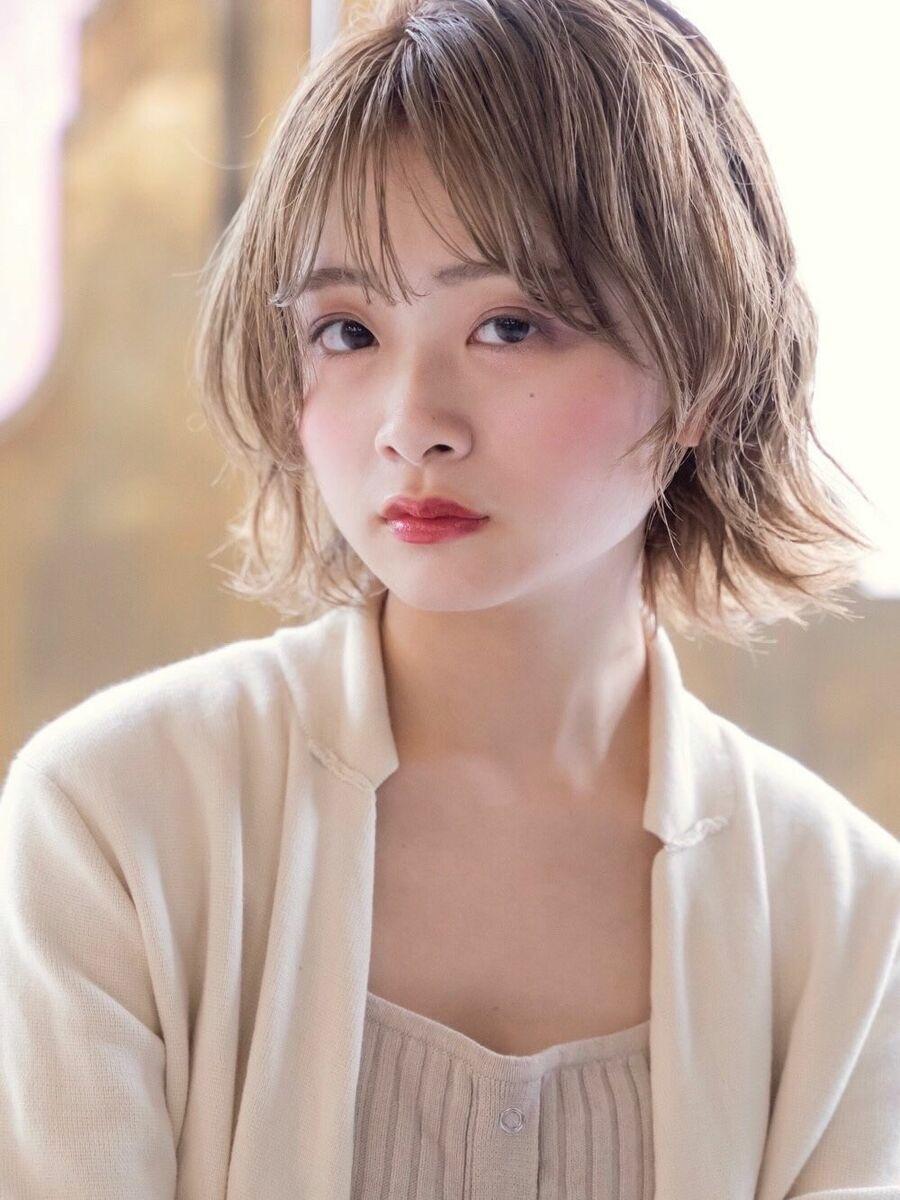 kate 大宮 ハイトーン☆透け感ベージュ×レイヤーミディアム