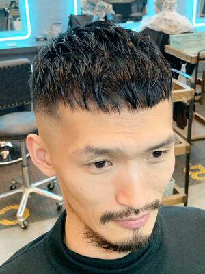 ピンパーマショートヘアスタイル