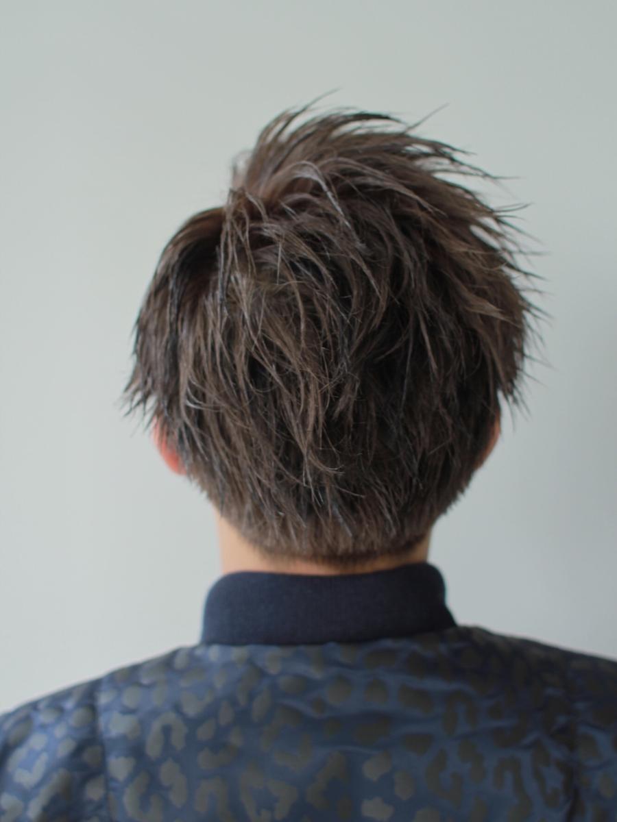 前髪かきあげワイルドヘアジェルスタイリグ