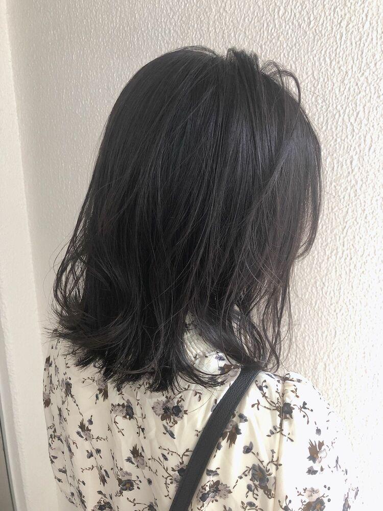 黒髪ミディアム