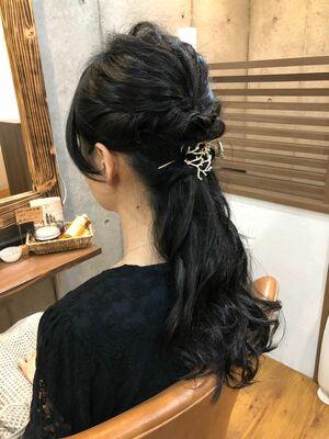 「Tree Hair Salon 藤田健太郎」ハーフアップのヘアアレンジ