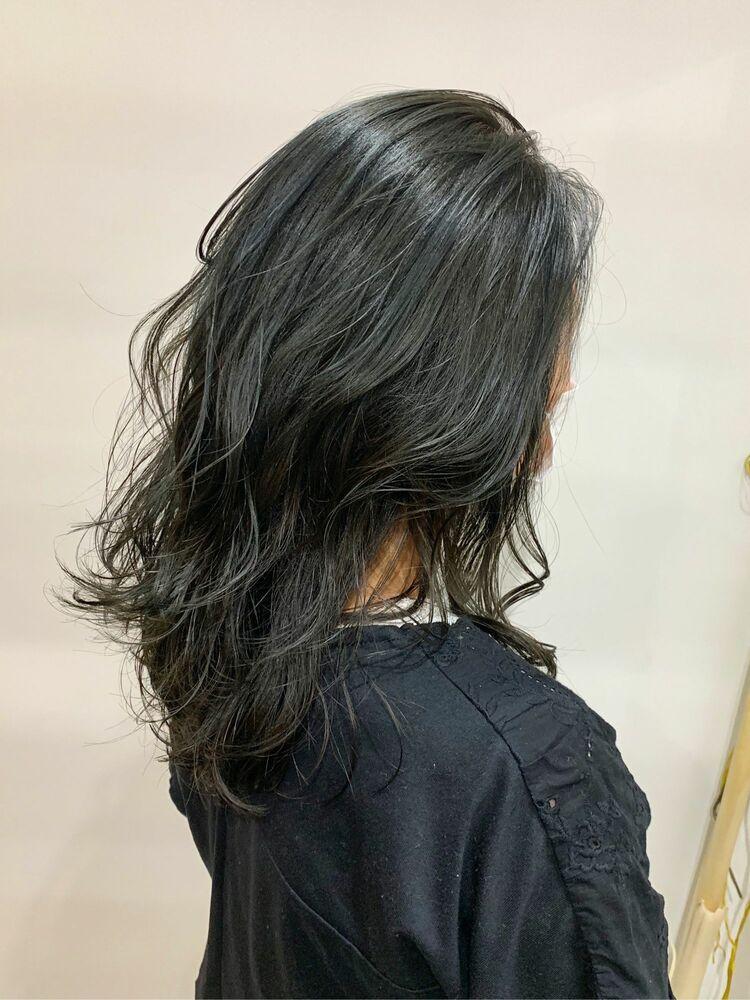 暗髪ブルーブラック