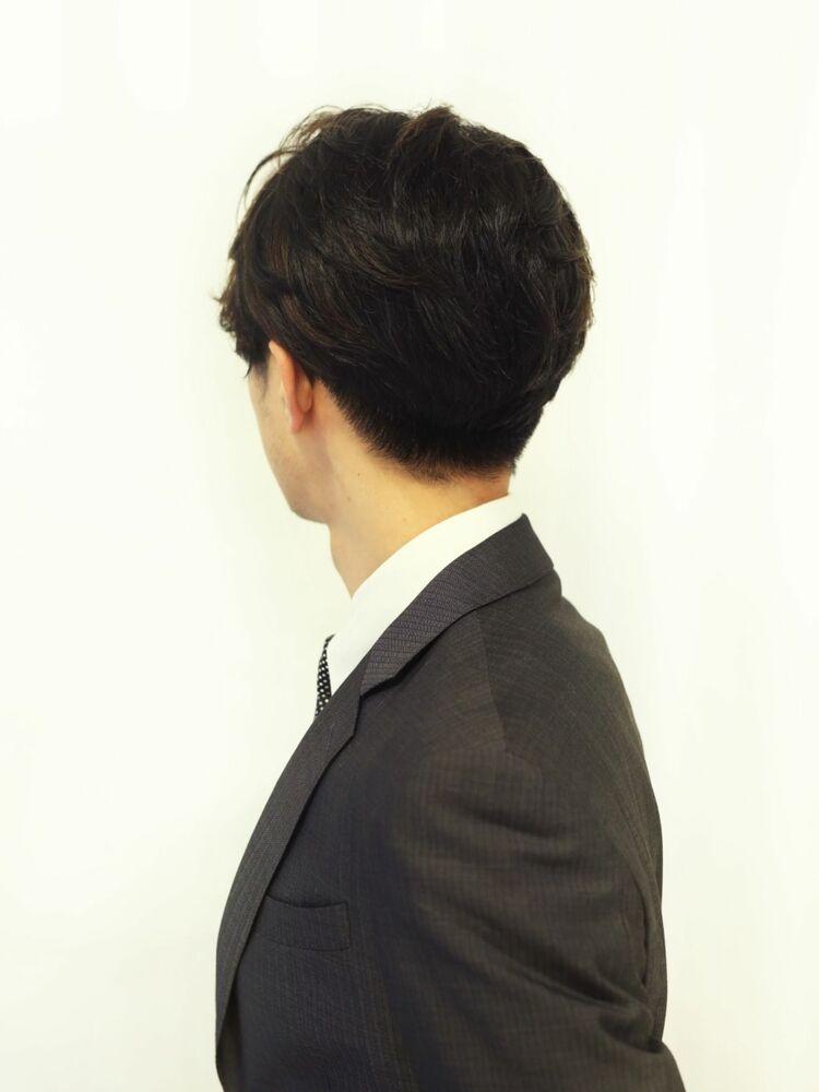 ビジネスシーンで光る立ち上げヘア