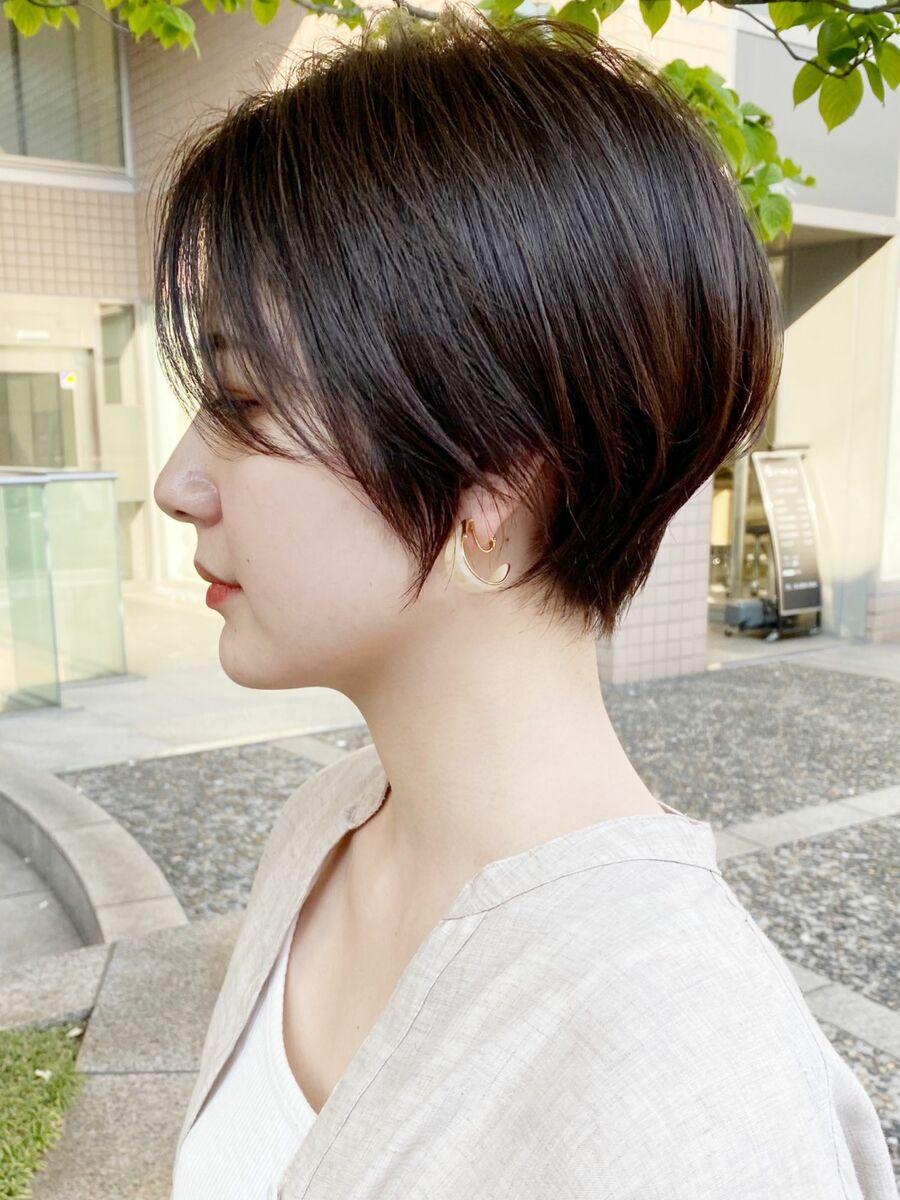 前髪長めショートボブパーマ