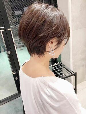 前髪ありナチュラルショート